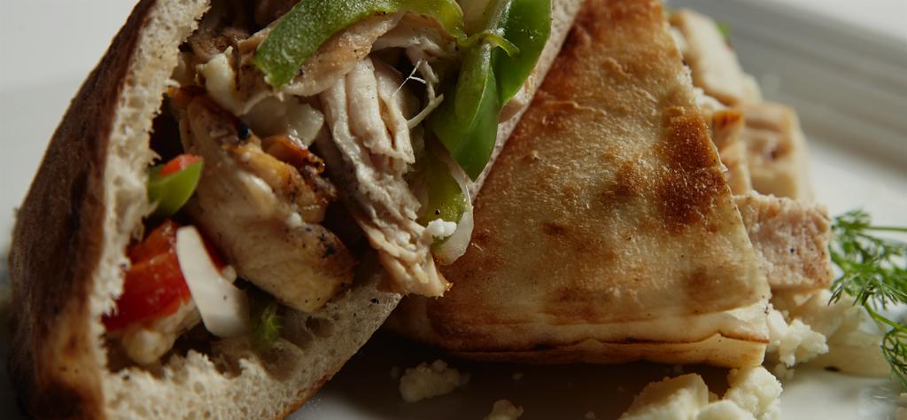 Grilled chicken pita