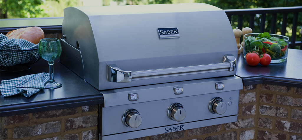 SABER Outdoor Kitchen and grill