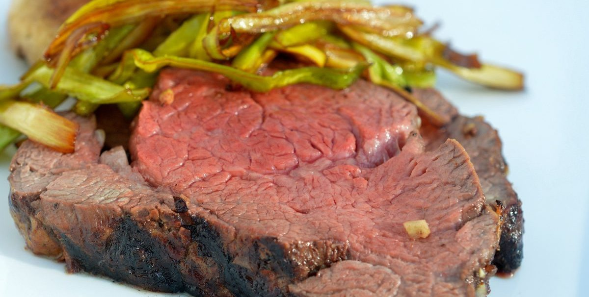 Grilled Beef Tenderloin with Leeks