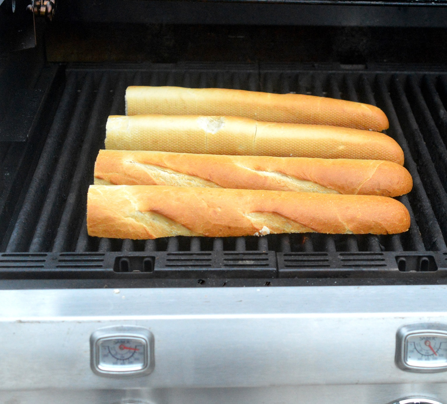 Grilling French bread