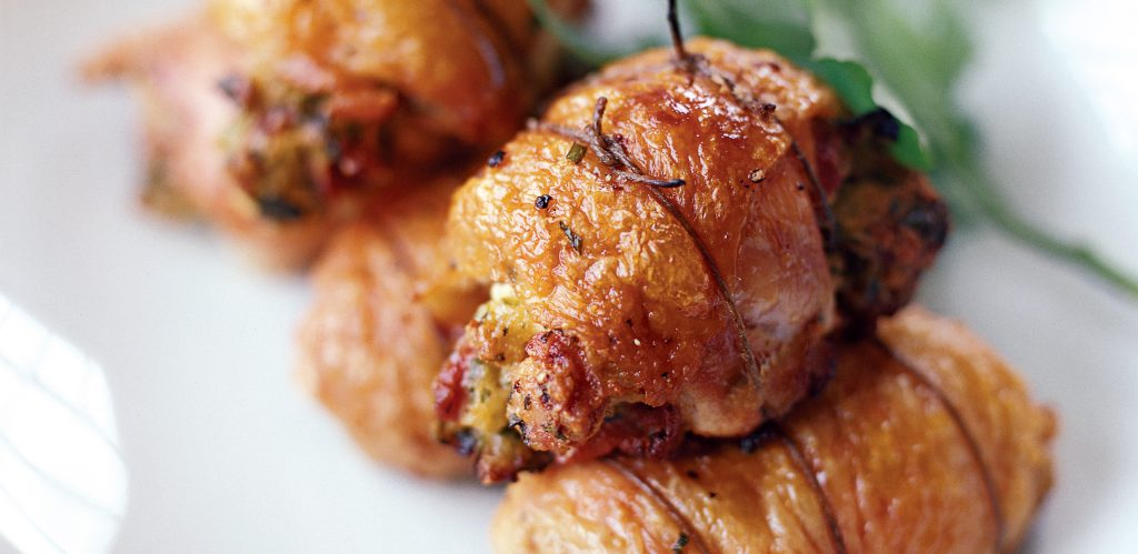 herb and cheese stuffed chicken thighs