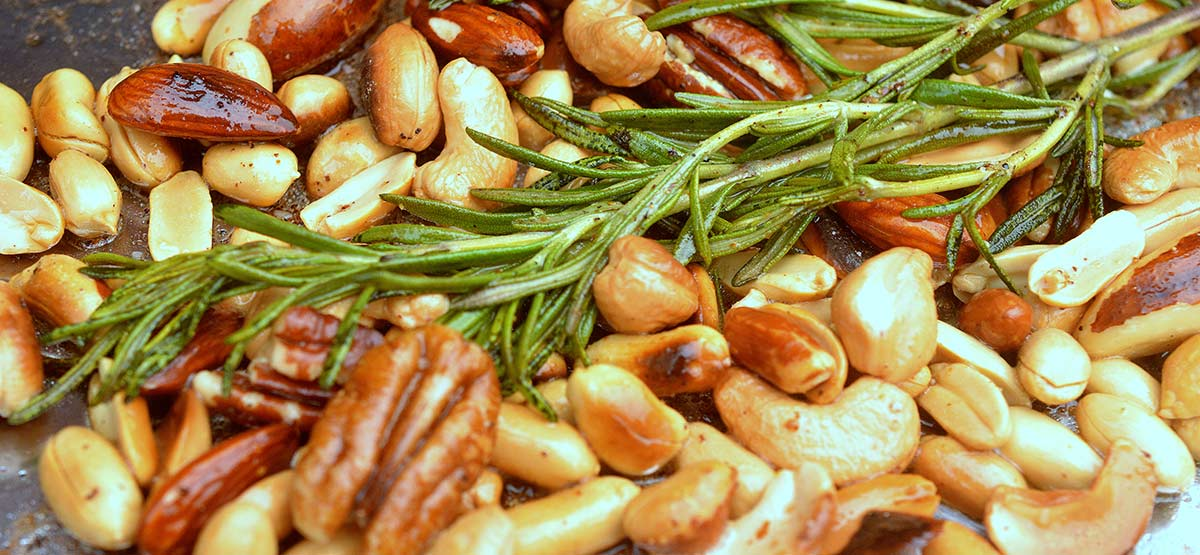 grilled seasoned rosemary nuts